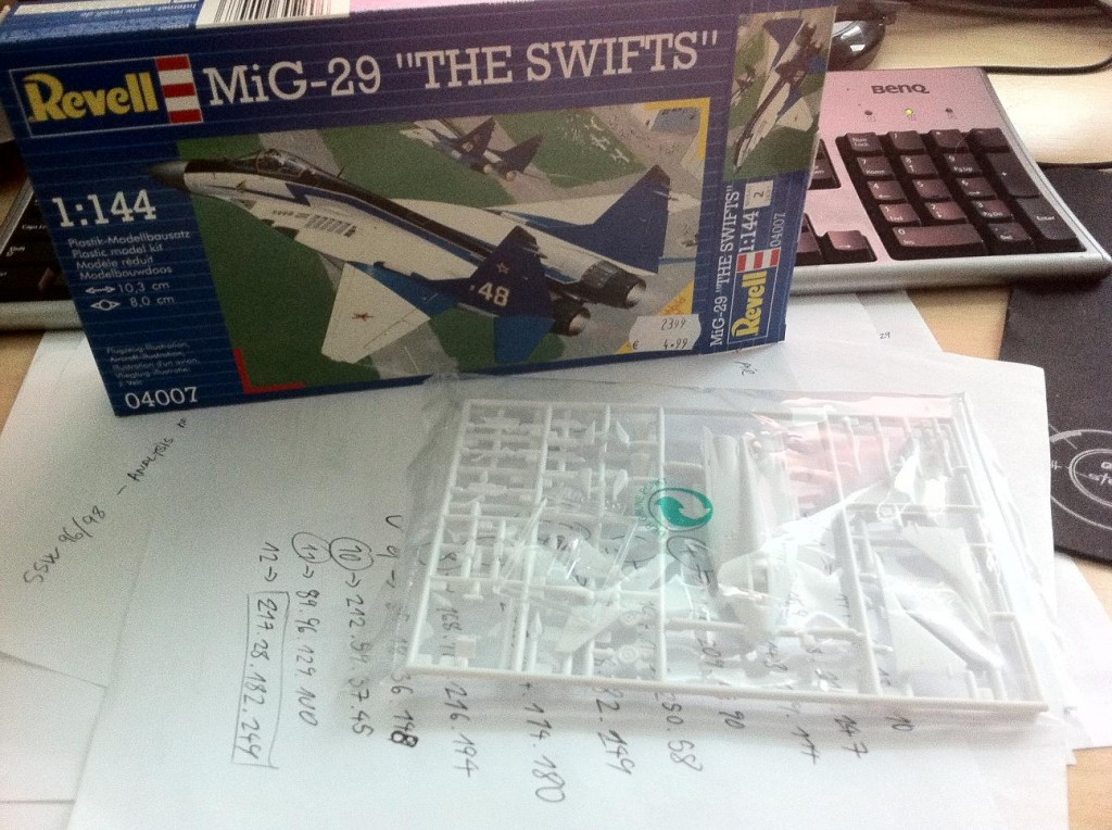 Mig29 Fulcrum plastic model constuction #1