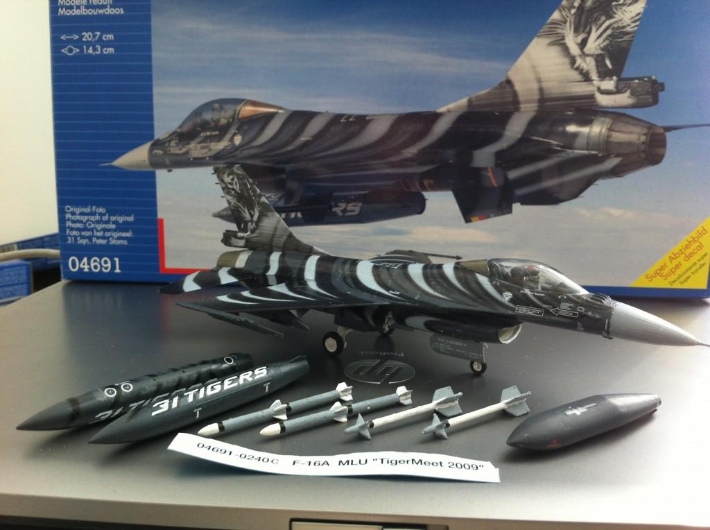F16 MLU Tigermeet 2009 revell model