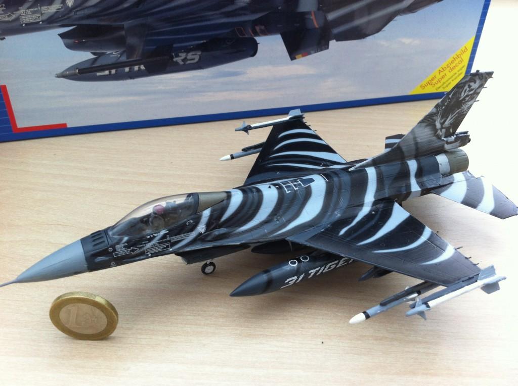 F16 MLU Tigermeet 2009 revell model 06