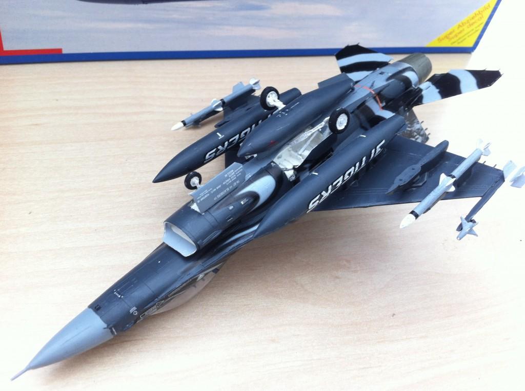 F16 MLU Tigermeet 2009 revell model 08