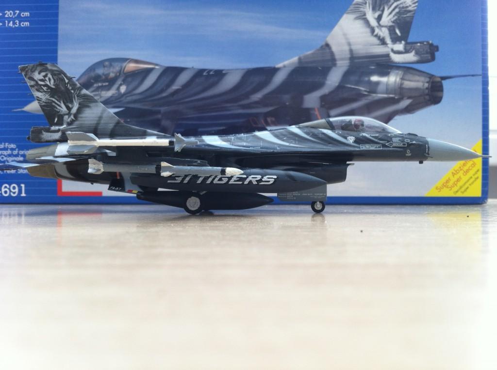 F16 MLU Tigermeet 2009 revell model 09