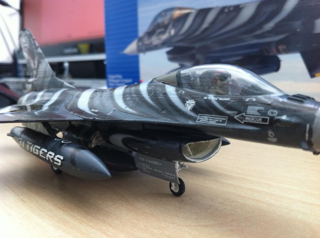 F16 MLU Tigermeet 2009 revell model 13