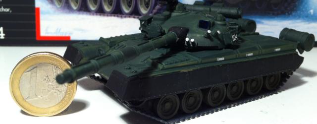 Revell T-80B model 1/72